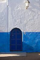 Afrique/Afrique du Nord/Maroc/Rabat: dans les ruelles de la kasbah des Oudaïasdétail mur et porte