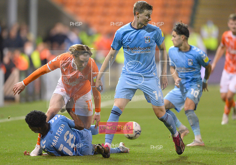 17/08/2021 Sky Bet Championship Blackpool v Coventry  <br /> <br /> Josh Bowler lands on the wrist of Ian Maatsen