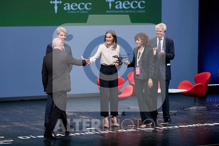 Queen Letizia of Spain attends to 'V de Vida' AECC awards at El Canal Theatre in Madrid, Spain. September 24, 2018. (ALTERPHOTOS/A. Perez Meca)