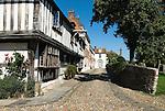 Grossbritannien, England, East Sussex, Rye: Kopfsteinplaster, Strasse in der Altstadt | Great Britain, England, East Sussex, Rye: cobbled street in the old town.