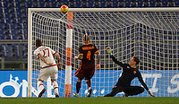 Calcio, Serie A: Roma vs Milan. Roma, stadio Olimpico, 9 gennaio 2016.<br /> AC Milan's Juraj Kucka, left, fails to score past Roma's Radja Nainggolan, center, and goalkeeper Wojciech Szczesny during the Italian Serie A football match between Roma and Milan at Rome's Olympic stadium, 9 January 2016.<br /> UPDATE IMAGES PRESS/Riccardo De Luca