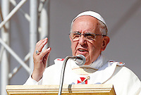 Papa Francesco celebra una messa a Sibari, in occasione della sua visita in Calabria, 21 giugno 2014.<br /> Pope Francis celebrates a mass in Sibari on the occasion of his visit in the region Calabria, Southern Italy, 21 June 2014.<br /> UPDATE IMAGES PRESS/Riccardo De Luca<br /> <br /> STRICTLY ONLY FOR EDITORIAL USE