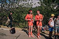"""guessing we're at the wrong court here..."" <br /> <br /> @ ""Dutch Corner"" (#7) on Alpe d'Huez<br /> <br /> Stage 12: Bourg-Saint-Maurice / Les Arcs > Alpe d'Huez (175km)<br /> <br /> 105th Tour de France 2018<br /> ©kramon"