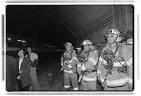 Simulation<br />  d incendie dans le metro de Montreal<br /> entre 1995 et 2005<br /> <br /> (date exacte inconnnue)<br /> <br /> PHOTO : Agence Quebec Presse<br /> <br /> <br />  NOTE : Lorsque requis la photo commandée sera recadrée et ajustée parfaitement.