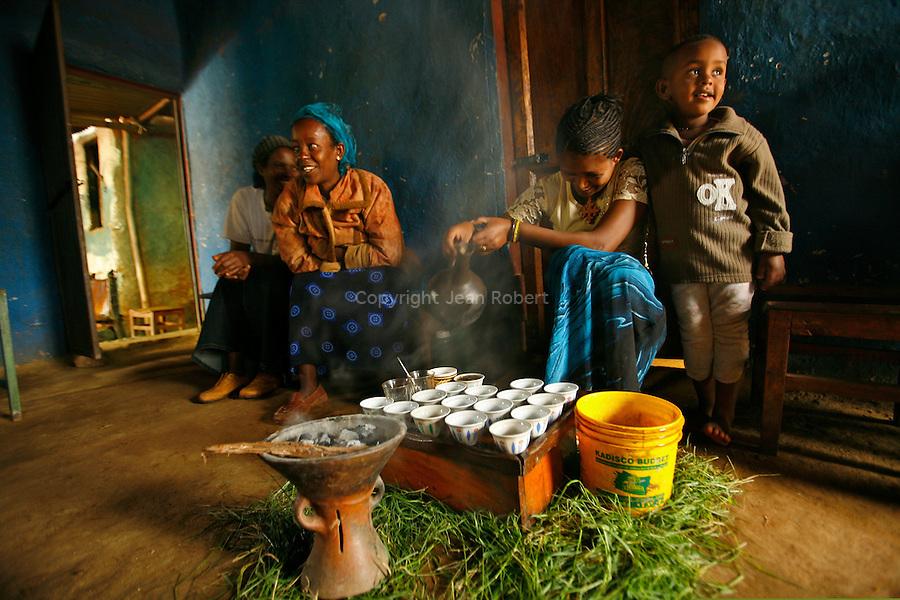 cérémonie du café dans un petit restaurant  du village de Konso