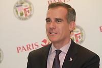 ERIC GARCETTI JEUX DE 2024 ET 2028 LES MAIRES DE PARIS ET LOS ANGELES SIGNENT UN ACCOD DE COOPERATION