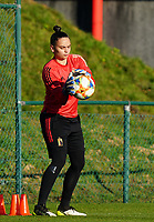 20200911 - TUBIZE , Belgium : Goalkeeper Nicky Evrard catches a ball during the training session of the Belgian Women's National Team, Red Flames ahead of the Women's Euro Qualifier match against Switzerland, on the 28th of November 2020 at Proximus Basecamp. PHOTO: SEVIL OKTEM   SPORTPIX.BE