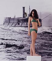 Portrait exclusif de l'actrice<br /> Genevieve Bujold<br /> , vers 1984<br /> (Date inconnue)<br /> <br /> PHOTO :  Dumouchel - Publiphoto -  Agence Quebec Presse
