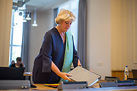 """3. Sitzung des Untersuchungsausschuss """"Gedenkstaette Hohenschoenhausen"""" des Berliner Abgeordnetenhaus am Dienstag den 2. Juni 2020.<br /> Als Zeugin war die Beauftragte der Bundesregierung fuer Kultur und Medien, Prof. Monika Gruetters (CDU) geladen (im Bild).<br /> Der Untersuchungsausschuss wurde eingesetzt um sich """"mit moeglichen Ursachen, Konsequenzen und der Verantwortung fuer mutmassliche Fehlentwicklungen an der """"Gedenkstaette Berlin-Hohenschoenhausen"""" in der 17. und 18. Wahlperiode"""" zu befassen. Der damalige Leiter der Gedenkstaette, Hubertus Knabe, war 2019 entlassen worden, nachdem sich mehrere Mitarbeiterinnen ueber sexuell uebergriffiges Verhalten des Leiters und anderen Vorgesetzter oeffentlich geaeussert hatten.<br /> 2.6.2020, Berlin<br /> Copyright: Christian-Ditsch.de<br /> [NUR FUER REDAKTIONELLE ZWECKE! Werbung nur auf Anfrage beim Fotografen. Inhaltsveraendernde Manipulation des Fotos nur nach ausdruecklicher Genehmigung des Fotografen. Vereinbarungen ueber Abtretung von Persoenlichkeitsrechten/Model Release der abgebildeten Person/Personen liegen nicht vor. NO MODEL RELEASE! Don't publish without copyright Christian-Ditsch.de, Veroeffentlichung nur mit Fotografennennung, sowie gegen Honorar, MwSt. und Beleg. Konto: I N G - D i B a, IBAN DE58500105175400192269, BIC INGDDEFFXXX, Kontakt: post@christian-ditsch.de<br /> Bei der Bearbeitung der Dateiinformationen darf die Urheberkennzeichnung in den EXIF- und  IPTC-Daten nicht entfernt werden, diese sind in digitalen Medien nach §95c UrhG rechtlich geschuetzt. Der Urhebervermerk wird gemaess §13 UrhG verlangt.]"""