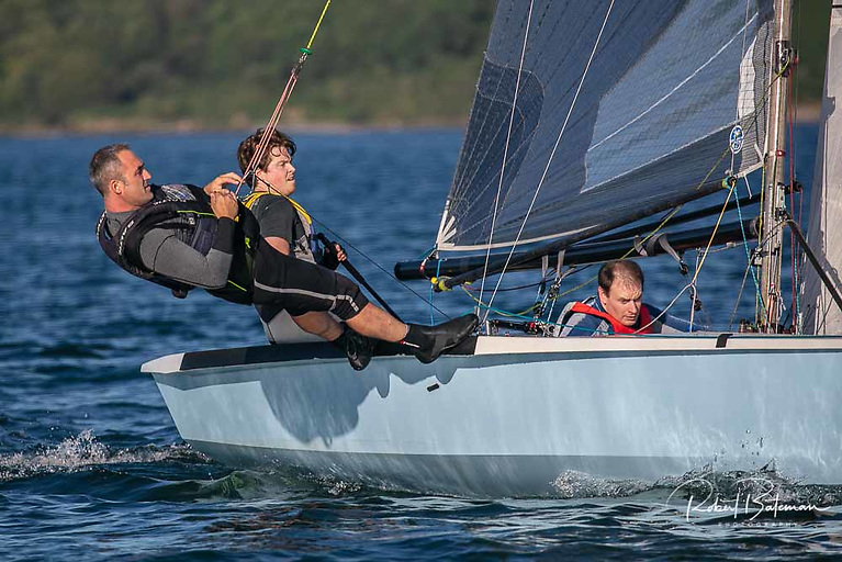 George Kingston (helming), Kieran O'Connell on wire and Andrew Lane in the RCYC National 18 league