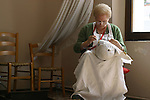 Burano, merlettaia Teresa, 2004, lace maker Teresa © Fulvia Farassino