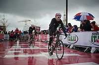 Maxime Monfort (BEL/Lotto-Belisol) on his way to the rainy start<br /> <br /> Giro d'Italia 2014<br /> stage 2: Belfast-Belfast <br /> 219km