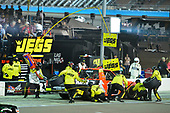 NASCAR Camping World Truck Series <br /> Lucas Oil 150<br /> Phoenix Raceway, Avondale, AZ USA<br /> Friday 10 November 2017<br /> Cody Coughlin, Ride TV/ Jegs Toyota Tundra makes a pit stop, Sunoco<br /> World Copyright: Logan Whitton<br /> LAT Images