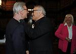 """VITTORIO FELTRI CON FRANCO CALIFANO E GIOVANNA SENSI<br /> PRESENTAZIONE LIBRO """"DETENUTI"""" DI MELANIA RIZZOLI<br /> BIBLIOTECA ANGELINA  ROMA 2012"""