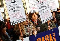 """""""Non una di meno"""", manifestazione contro la violenza maschile sulle donne, a Roma, 26 novembre 2016.<br /> """"No one less"""", demonstration against male violence on women, in Rome, 26 November 2016.<br /> UPDATE IMAGES PRESS/Riccardo De Luca"""