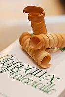 Europe/France/Rhone-Alpes/07/Ardéche/Saint-Péray: Les copeaux de St Péray d' Alain Mounier, biscuits sucrés et torsadés, créés en 1871 par Henri Malavieille, biscuits sucrés et torsadés, créés en 1871 par Henri Malavieille