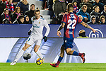 Gareth Bale of Real Madrid (L) fights for the ball with Antonio Manuel Luna Rodriguez of Levante UD (R) during the La Liga 2017-18 match between Levante UD and Real Madrid at Estadio Ciutat de Valencia on 03 February 2018 in Valencia, Spain. Photo by Maria Jose Segovia Carmona / Power Sport Images