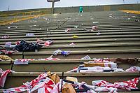 RIO DE JANEIRO (RJ) 01.03.2020 - Carnaval - Rio  Desfile das campeas das escolas de samba do Grupo Especial do Rio de Janeiro deixa o sambodromo na Marques de Sapucai lotado de lixo neste domingo (01) (Foto: Ellan Lustosa/Codigo 19/Codigo 19)