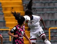 BOGOTA - COLOMBIA, 12-11-2020: Independiente Santa Fe y Fortaleza CEIF durante partido por la fecha 8 de la Liga Femenina BetPlay DIMAYOR 2020 jugado en el estadio Nemesio Camacho El Campin en la ciudad de Bogota. / Independiente Santa Fe and Fortaleza CEIF during a match for the 8th date of the Women's League BetPlay DIMAYOR 2020 played at the Nemesio Camacho El Campin stadium in Bogota city. / Photo: VizzorImage / Luis Ramirez / Staff.