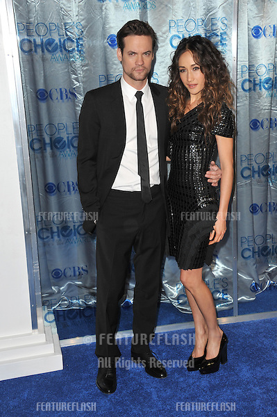 Maggie Q & Shane West at the 2011 Peoples' Choice Awards at the Nokia Theatre L.A. Live in downtown Los Angeles..January 5, 2011  Los Angeles, CA.Picture: Paul Smith / Featureflash
