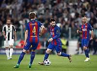 Football Soccer: UEFA Champions UEFA Champions League quarter final first leg Juventus-Barcellona, Juventus stadium, Turin, Italy, April 11, 2017. <br /> Barcellona's Lionel Messi (c) in action during the Uefa Champions League football match between Juventus and Barcelona at the Juventus stadium, on April 11 ,2017.<br /> UPDATE IMAGES PRESS/Isabella Bonotto