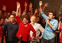 PA - POLITICA -- ** ATENCAO, EDITOR: FOTO EMBARGADA PARA VEICULOS DO ESTADO DO PARA ** -O candidato Helder Barbalho pelo PMDB, participa de comicio com dirigentes, líderes, prefeitos e deputados estaduais e federais, promovido pelo PT e PMDB-pa,  na pedro Miranda, Belem-para, nesta quarta- feira.<br />  <br /> Foto: TARSO SARRAF