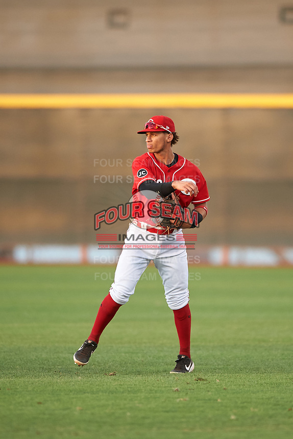 AZL Reds second baseman Sebastian Almonte (16) throws to the infield during an Arizona League game against the AZL Athletics Green on July 21, 2019 at the Cincinnati Reds Spring Training Complex in Goodyear, Arizona. The AZL Reds defeated the AZL Athletics Green 8-6. (Zachary Lucy/Four Seam Images)