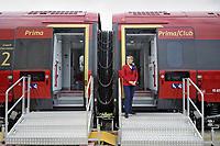 - Expo Ferroviaria alla fiera di Milano-Rho, il nuovo treno alta velocità Pendolino prodotto da Alstom per la compagnia privata NTV Italo<br /> <br /> - Railway Expo at Milan-Rho fair, new Pendolino high-speed train produced by Alstom for the private company NTV Italo