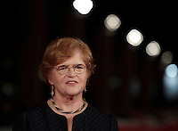 "L'autrice storica americana Deborah Lipstadt posa sul red carpet per la presentazione del film ""Denial"" al Festival Internazionale del Film di Roma, 17 ottobre 2016. <br /> American historian and author Deborah Lipstadt poses on the red carpet to present the movie ""Denial"" during the international Rome Film Festival at Rome's Auditorium, 17 October 2016.<br /> UPDATE IMAGES PRESS/Isabella Bonotto"