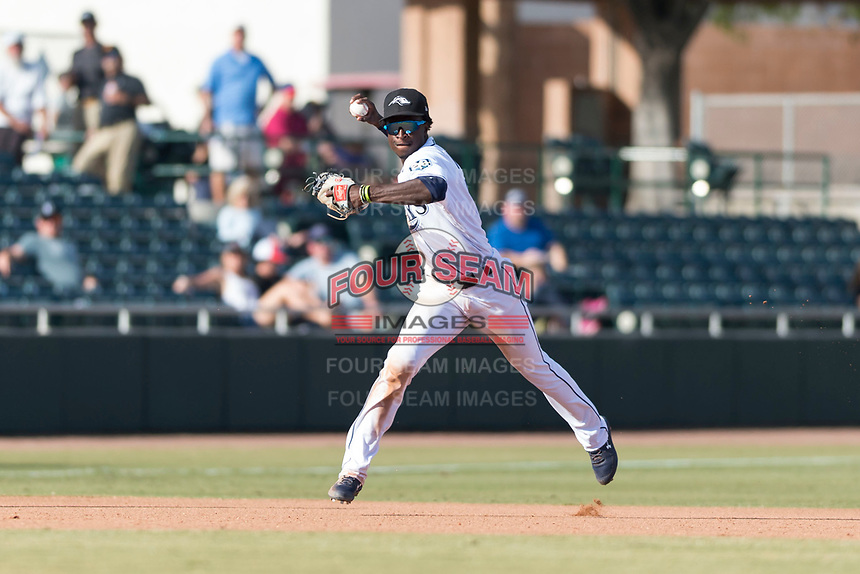 Peoria Javelinas shortstop Lucius Fox (5), of the Tampa Bay Rays organization, throws to first base during the Arizona Fall League Championship Game against the Salt River Rafters at Scottsdale Stadium on November 17, 2018 in Scottsdale, Arizona. Peoria defeated Salt River 3-2 in 10 innings. (Zachary Lucy/Four Seam Images)