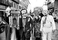 - Milan, alternative carnival organized by left-wing groups of  Proletarian Young Circles (February 1977)....- Milano, carnevale alternativo organizzato dai gruppi di sinistra dei Circoli Proletari Giovanili (febbraio 1977)