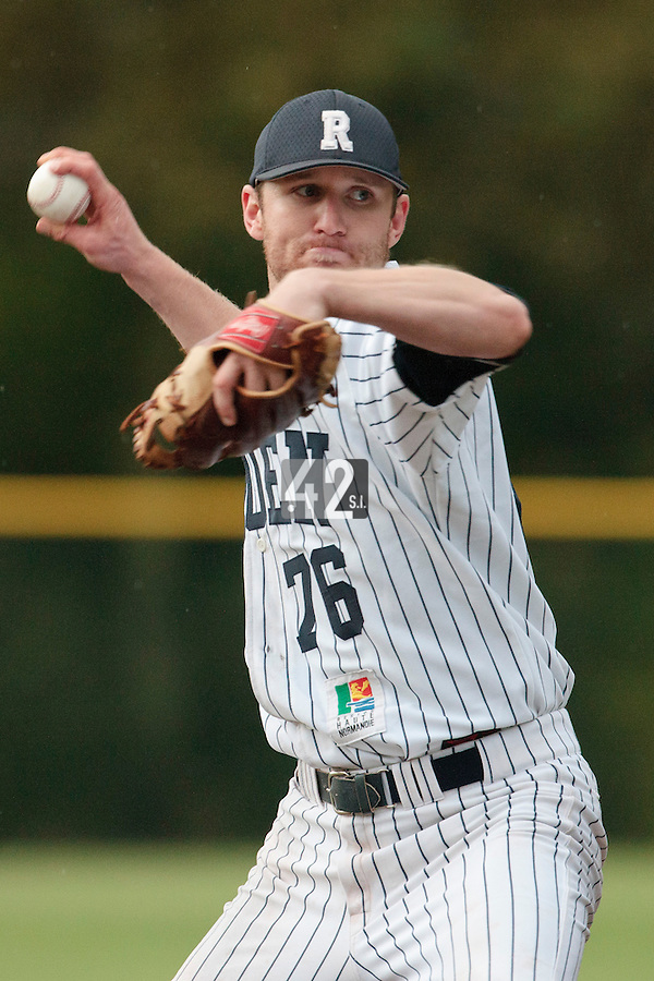 23 October 2010: Aaron Hornostaj of Rouen pitches against Savigny during Savigny 8-7 win (in 12 innings) over Rouen, during game 3 of the French championship finals, in Rouen, France.