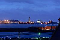 St. Aubin's Bay mit Blick auf St.Aubin's Fort und   St.Helier, Insel Jersey, Kanalinseln