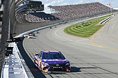Monster Energy NASCAR Cup Series<br /> FireKeepers Casino 400<br /> Michigan International Speedway, Brooklyn, MI USA<br /> Sunday 18 June 2017<br /> Denny Hamlin, Joe Gibbs Racing, FedEx Office Toyota Camry, Ryan Blaney, Wood Brothers Racing, Omnicraft Auto Parts Ford Fusion, <br /> World Copyright: Logan Whitton<br /> LAT Images