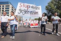 Am Montag den 3. August 2015 demonstrierten etwa 1.500 bis 2000 Eziden in Berlin gegen den Terror des Islamischen Staat. Vor einem Jahr, am 3. August 2014 begann der versuchte Voelkermord des IS an den Eziden, nachdem die irakischen Peshmerga die Eziden im Shingal-Gebirge im Stich gelassen hatte. Zehntausende Eziden wurden vom IS ermordet und Frauen und Kinder als Sexsklaven verkauft. Erst nachdem kurdische YPG/YPJ und PKK Einheiten aus Syrien in das Gebirge vordrangen konnten ueber 100.000 Menschen gerettet werden. Tausende vom IS verschleppte Menschen werden noch immer vermisst<br /> 3.8.2015, Berlin<br /> Copyright: Christian-Ditsch.de<br /> [Inhaltsveraendernde Manipulation des Fotos nur nach ausdruecklicher Genehmigung des Fotografen. Vereinbarungen ueber Abtretung von Persoenlichkeitsrechten/Model Release der abgebildeten Person/Personen liegen nicht vor. NO MODEL RELEASE! Nur fuer Redaktionelle Zwecke. Don't publish without copyright Christian-Ditsch.de, Veroeffentlichung nur mit Fotografennennung, sowie gegen Honorar, MwSt. und Beleg. Konto: I N G - D i B a, IBAN DE58500105175400192269, BIC INGDDEFFXXX, Kontakt: post@christian-ditsch.de<br /> Bei der Bearbeitung der Dateiinformationen darf die Urheberkennzeichnung in den EXIF- und  IPTC-Daten nicht entfernt werden, diese sind in digitalen Medien nach §95c UrhG rechtlich geschuetzt. Der Urhebervermerk wird gemaess §13 UrhG verlangt.]