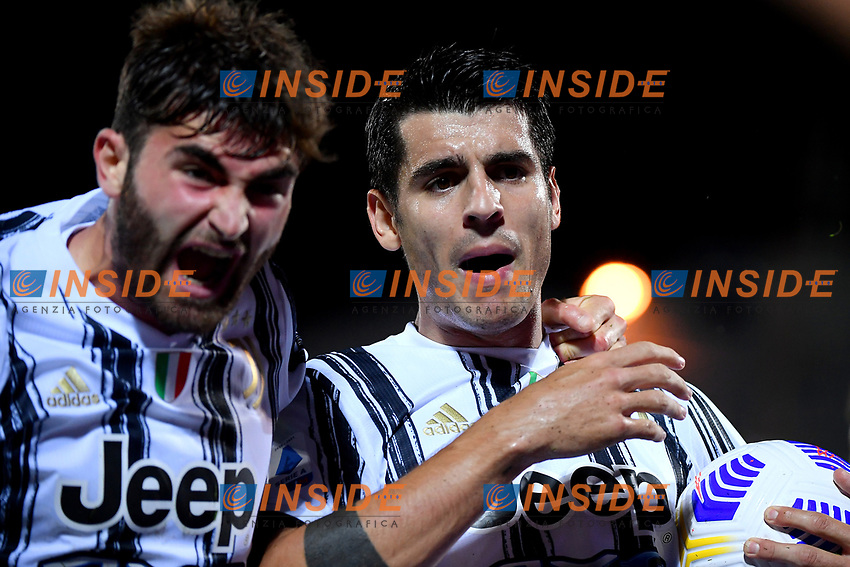 Alvaro Morata of Juventus FC celebrates with Manolo Portanova after scoring the goal of during the Serie A football match between FC Crotone and Juventus FC at stadio Ezio Scida in Crotone (Italy), October 17th, 2020. Photo Federico Tardito / Insidefoto