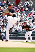 May 25, 2009:  First Baseman Brock Peterson (30) of the Rochester Red Wings, International League Triple-A affiliate of the Minnesota Twins, holds a runner on as Jason Jones delivers a pitch during a game at Frontier Field in Rochester, NY.  Photo by:  Mike Janes/Four Seam Images