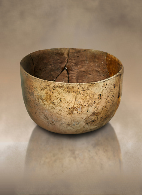 Neolithic terracotta bowl. Catalhoyuk collection, Konya Archaeological Museum, Turkey