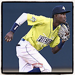 Shortstop Ronny Mauricio of the Columbia Fireflies is mentioned in Baseball America's latest Prospect Report for his first four-hit game. (Tom Priddy/Four Seam Images)