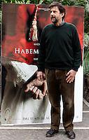 """Il regista ed attore Nanni Moretti ritratto durante un photocall per la presentazione del suo nuovo film """"Habemus Papam"""" a Roma, 14 aprile 2011..Italian director and actor Nanni Moretti portrayed during a photocall for the presentation of his new movie """"Habemus Papam"""" in Rome, 14 april 2011..UPDATE IMAGES PRESS/Riccardo De Luca"""