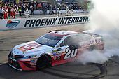 Monster Energy NASCAR Cup Series<br /> Can-Am 500<br /> Phoenix Raceway, Avondale, AZ USA<br /> Sunday 12 November 2017<br /> Matt Kenseth, Joe Gibbs Racing, Circle K Toyota Camry celebrates after winning<br /> World Copyright: Logan Whitton<br /> LAT Images