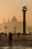 - Venice, S.Marco square and S.Maria of the Health church ....- Venezia, piazza S.Marco e chiesa di S.Maria della Salute