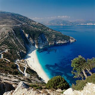 Greece, Cephalonia (Ionian island), Myrtos Beach and Bay: pebble stone beach, Nr. 6 of Europe's  Top-Ten-Beaches in Europa, World's best beaches Nr.5   Griechenland, Kefalonia (Ionische Insel), Myrtos Beach: Kieselstrand in gleichnamiger Bucht, die Nr. 6 der Top-Ten-Straende in Europa, World's best beaches Nr.5