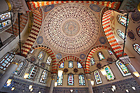 Ottoman style İznik ceramic tiles of the Tomb of Sultan Murad III in the outer courtyard of Aya Sophia. Built in in 1599 by Architect Davud Agha and his assistant Dalgıç Ahmet Agha, it is one of the largest Ottoman tombs with its hexagon layout, double domes, Istanbul, Turkey