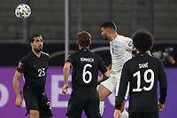 Kopfball Victor Palsson (Island Iceland) gegen Joshua Kimmich (Deutschland Germany) - 25.03.2021: WM-Qualifikationsspiel Deutschland gegen Island, Schauinsland Arena Duisburg