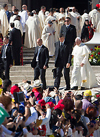 Pope Francis leaves at the end of a canonization ceremony in St. Peter's Square at the Vatican, October 15, 2017. The pontiff canonized Italian Capuchin priest  Angelo of Acri, Spanish priest Faustino Miguez, the Child Martyrs of Tlaxcala, (Mexico) Cristobal, Antonio and Juan, and the Martyrs of Natal, Jesuit priest Andre de Soveral, diocesan priest Ambrosio Francisco Ferro, layman Mateus Moreira and 27 others, killed in 1645 in an anti-Catholic persecution carried out by Dutch Calvinists in Natal, Brazil. <br /> UPDATE IMAGES PRESS/Riccardo De Luca<br /> <br /> STRICTLY ONLY FOR EDITORIAL USE