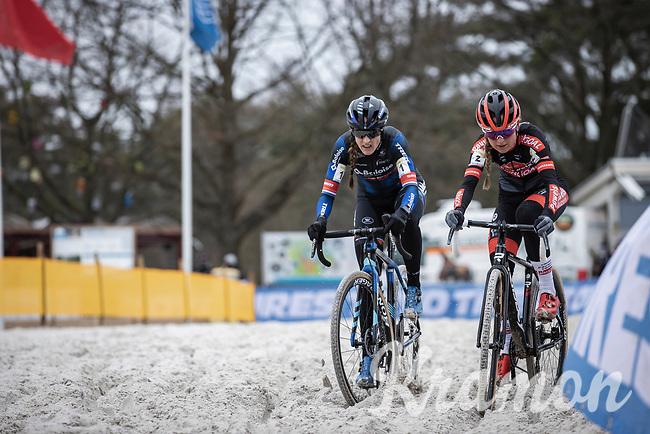 Lucinda Brand (NED/Baloise Trek Lions) and Denise Betsema (NED/Pauwels Sauzen-Bingoal)<br /> <br /> Women's elite Race <br /> Zilvermeercross Mol (BEL) 2021<br /> <br /> ©Kramon