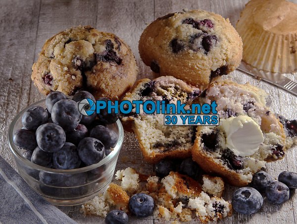 Muffins & Blueberries<br /> Photo By Adam Scull/PHOTOlink.net