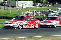 1998 British Touring Car Championship at Brands Hatch. #98 John Cleland (GBR). Vauxhall Sport. Vauxhall Vectra 16v.