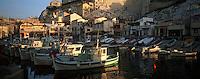 Europe/France/13/Bouches-du-Rhône/ Marseille: le Vallon des Auffes - Port de pêche et bateaux de pêche artisanale